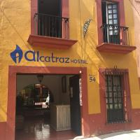 Alcatraz Hostal