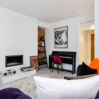 Veeve - Sophisticated Soho Apartment