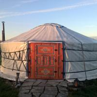 Iloons yurt