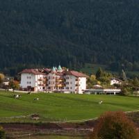 Hotel Rosa Resort, hotel a Cavareno