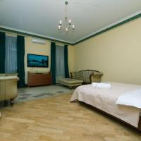 Luxury Apartment near Olimpiyskiy Stadium