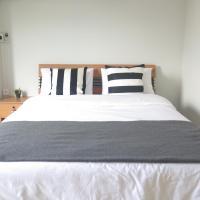 Warm Hug Home&Apartment