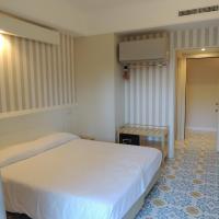 Hotel Zeus, hôtel à Pompéi