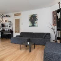 Deluxe City Apartment