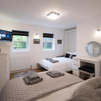 Pear Tree Holiday Home - York