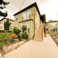 Centrally located Los Angeles Apt