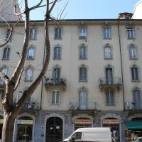 Leone Apartment