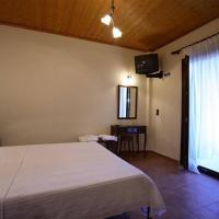 Mirsinia Apartments - Skopelos