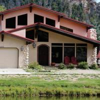 River Ritz Cabin