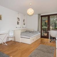 1 bedroom apt. in prime location