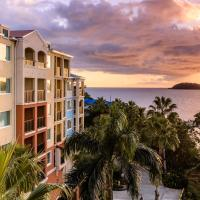 Marriott's Frenchman's Cove </h2 </a <div class=sr-card__item sr-card__item--badges <div class= sr-card__badge sr-card__badge--class u-margin:0  data-ga-track=click data-ga-category=SR Card Click data-ga-action=Hotel rating data-ga-label=book_window:  day(s)  <i class= bk-icon-wrapper bk-icon-stars star_track  title=4 sao  <svg aria-hidden=true class=bk-icon -sprite-ratings_stars_4 focusable=false height=10 width=43<use xlink:href=#icon-sprite-ratings_stars_4</use</svg                     <span class=invisible_spoken4 sao</span </i </div   <div class=sr-card__item__review-score style=padding: 8px 0  <div class=bui-review-score c-score bui-review-score--inline bui-review-score--smaller <div class=bui-review-score__badge aria-label=Đạt điểm 9,4 9,4 </div <div class=bui-review-score__content <div class=bui-review-score__title Tuyệt hảo </div </div </div   </div </div <div class=sr-card__item   data-ga-track=click data-ga-category=SR Card Click data-ga-action=Hotel location data-ga-label=book_window:  day(s)  <svg aria-hidden=true class=bk-icon -iconset-geo_pin sr_svg__card_icon focusable=false height=12 role=presentation width=12<use xlink:href=#icon-iconset-geo_pin</use</svg <div class= sr-card__item__content   Estate Thomas • <span 2,2 km </span  từ trung tâm </div </div </div </div </div </li <li id=hotel_6112634 data-is-in-favourites=0 data-hotel-id='6112634' class=sr-card sr-card--arrow bui-card bui-u-bleed@small js-sr-card m_sr_info_icons card-halved card-halved--active   <div data-href=/hotel/vi/havensight-haven-1br-1-5ba.vi.html onclick=window.open(this.getAttribute('data-href')); target=_blank class=sr-card__row bui-card__content data-et-click= data-et-view=  <div class=sr-card__image js-sr_simple_card_hotel_image has-debolded-deal js-lazy-image sr-card__image--lazy data-src=https://q-cf.bstatic.com/xdata/images/hotel/square200/239289894.jpg?k=ddbcfe48d2383756dbc95178b1ba7016860a7b135db42a792b08e566ea358f8c&o=&s=1,https://q-cf.bstatic.com/xdata/images/hotel/max1024x768/239289894.jpg?k=8fb67b8c6603e195ef85fdde9553aea30fecc29d0e0d4feebe5ac3fd18cd4232&o=&s=1  <div class=sr-card__image-inner css-loading-hidden </div <noscript <div class=sr-card__image--nojs style=background-image: url('https://q-cf.bstatic.com/xdata/images/hotel/square200/239289894.jpg?k=ddbcfe48d2383756dbc95178b1ba7016860a7b135db42a792b08e566ea358f8c&o=&s=1')</div </noscript </div <div class=sr-card__details data-et-click=customGoal:NAREFGCQABaOSJIaPdMYTQDZBaDMWPHDDWe:2   <div class=sr-card_details__inner <a href=/hotel/vi/havensight-haven-1br-1-5ba.vi.html onclick=event.stopPropagation(); target=_blank <h2 class=sr-card__name u-margin:0 u-padding:0 data-ga-track=click data-ga-category=SR Card Click data-ga-action=Hotel name data-ga-label=book_window:  day(s)  Havensight Haven 1BR/1.5BA </h2 </a <div class=sr-card__item sr-card__item--badges <div class=sr-card__item__review-score style=padding: 8px 0    </div </div <div class=sr-card__item   data-ga-track=click data-ga-category=SR Card Click data-ga-action=Hotel location data-ga-label=book_window:  day(s)  <svg aria-hidden=true class=bk-icon -iconset-geo_pin sr_svg__card_icon focusable=false height=12 role=presentation width=12<use xlink:href=#icon-iconset-geo_pin</use</svg <div class= sr-card__item__content   Estate Thomas • <span 1,6 km </span  từ trung tâm </div </div </div </div </div </li <li class=bui-spacer--medium <div id=ski-ufi-compset</div <svg class=bk-icon -iconset-city height=128 style=display:none; width=128 viewBox=0 0 128 128 role=presentation aria-hidden=true focusable=false<path d=M24 88h8v16h-8zm0-16h8V56h-8zm32 32h8V88h-8zm0-32h8V56h-8zm0-32h8V24h-8zm64 16v60a4 4 0 0 1-4 4H12a4 4 0 0 1-4-4V44a4 4 0 0 1 4-4h28V12a4 4 0 0 1 4-4h32a4 4 0 0 1 4 4v58.3l5.2-5.1a4 4 0 0 1 5.6 0l5.2 5.1V56a4 4 0 0 1 .3-1.5l8-20a4 4 0 0 1 7.4 0l8 20a4 4 0 0 1 .3 1.5zM16 112h24V48H16zm32 0h24V16H48v96zm32 0h16V81.7l-8-8-8 8zm32-55.2l-4-10-4 10V112h8z/</svg <svg class=bk-icon -streamline-arrow_nav_left height=24 style=display:none; width=24 viewBox=0 0 24 24 role=presentation aria-hidden=true focusable=false<path d=M14.55 18a.74.74 0 01-.53-.22l-5-5A1.08 1.08 0 018.7 12a1.1 1.1 0 01.3-.78l5-5a.75.75 0 011.06 0 .74.74 0 010 1.06L10.36 12l4.72 4.72a.74.74 0 010 1.06.73.73 0 01-.53.22zm-4.47-5.72zm0-.57z/</svg <svg class=bk-icon -streamline-arrow_nav_right height=24 style=display:none; width=24 viewBox=0 0 24 24 role=presentation aria-hidden=true focusable=false<path d=M9.45 6c.2 0 .39.078.53.22l5 5c.208.206.323.487.32.78a1.1 1.1 0 01-.32.78l-5 5a.75.75 0 01-1.06 0 .74.74 0 010-1.06L13.64 12 8.92 7.28a.74.74 0 010-1.06.73.73 0 01.53-.22zm4.47 5.72zm0 .57z/</svg <div class=bui-alert bui-alert--info bui-u-bleed@small role=status data-e2e=auto_extension_banner data-et-view=cJfYZRUWJOLFReONWPHDDWe:1  <span class=icon--hint bui-alert__icon role=presentation <svg class=bk-icon -iconset-info_sign height=24 role=presentation width=24<use xlink:href=#icon-iconset-info_sign</use</svg </span <div class=bui-alert__description <p class=bui-alert__text Không còn chỗ nghỉ có phòng trống tại Estate Thomas! <spanMẹo:</span hãy thử những chỗ nghỉ xung quanh này... </p </div </div </li <li id=hotel_347538 data-is-in-favourites=0 data-hotel-id='347538' class=sr-card sr-card--arrow bui-card bui-u-bleed@small js-sr-card m_sr_info_icons card-halved card-halved--active   <div data-href=/hotel/vi/best-western-plus-emerald-beach-resort.vi.html onclick=window.open(this.getAttribute('data-href')); target=_blank class=sr-card__row bui-card__content data-et-click= data-et-view=  <div class=sr-card__image js-sr_simple_card_hotel_image has-debolded-deal js-lazy-image sr-card__image--lazy data-src=https://r-cf.bstatic.com/xdata/images/hotel/square200/204698990.jpg?k=9af17ccc5f0ee15409afee4a26ce77beeed399b65060155852391075d6652a65&o=&s=1,https://q-cf.bstatic.com/xdata/images/hotel/max1024x768/204698990.jpg?k=ea32f5d5de1d089163884be2795e5f641922adeafb4d8ecc73e164e9d25435fc&o=&s=1  <div class=sr-card__image-inner css-loading-hidden </div <noscript <div class=sr-card__image--nojs style=background-image: url('https://r-cf.bstatic.com/xdata/images/hotel/square200/204698990.jpg?k=9af17ccc5f0ee15409afee4a26ce77beeed399b65060155852391075d6652a65&o=&s=1')</div </noscript </div <div class=sr-card__details data-et-click=customGoal:NAREFGCQABaOSJIaPdMYTQDZBaDMWPHDDWe:2   <div class=sr-card_details__inner <a href=/hotel/vi/best-western-plus-emerald-beach-resort.vi.html onclick=event.stopPropagation(); target=_blank <h2 class=sr-card__name u-margin:0 u-padding:0 data-ga-track=click data-ga-category=SR Card Click data-ga-action=Hotel name data-ga-label=book_window:  day(s)  Emerald Beach Resort </h2 </a <div class=sr-card__item sr-card__item--badges <div class= sr-card__badge sr-card__badge--class u-margin:0  data-ga-track=click data-ga-category=SR Card Click data-ga-action=Hotel rating data-ga-label=book_window:  day(s)  <i class= bk-icon-wrapper bk-icon-stars star_track  title=3 sao  <svg aria-hidden=true class=bk-icon -sprite-ratings_stars_3 focusable=false height=10 width=32<use xlink:href=#icon-sprite-ratings_stars_3</use</svg                     <span class=invisible_spoken3 sao</span </i </div   <div class=sr-card__item__review-score style=padding: 8px 0  <div class=bui-review-score c-score bui-review-score--inline bui-review-score--smaller <div class=bui-review-score__badge aria-label=Đạt điểm 7,6 7,6 </div <div class=bui-review-score__content <div class=bui-review-score__title Tốt </div </div </div   </div </div <div class=sr-card__item   data-ga-track=click data-ga-category=SR Card Click data-ga-action=Hotel location data-ga-label=book_window:  day(s)  <svg aria-hidden=true class=bk-icon -iconset-geo_pin sr_svg__card_icon focusable=false height=12 role=presentation width=12<use xlink:href=#icon-iconset-geo_pin</use</svg <div class= sr-card__item__content   <strong class='sr-card__item--strong'Lindbergh Bay</strong • cách  <span 5 km </span  từ Estate Thomas </div </div </div </div </div </li <div data-et-view=dLYHMRFeRLTbECERe:1</div <div data-et-view=dLYHMRFeRLTbECEQeFdLYSeHT:1</div <li id=hotel_344320 data-is-in-favourites=0 data-hotel-id='344320' class=sr-card sr-card--arrow bui-card bui-u-bleed@small js-sr-card m_sr_info_icons card-halved card-halved--active   <div data-href=/hotel/vi/mafolie-and-restaurant.vi.html onclick=window.open(this.getAttribute('data-href')); target=_blank class=sr-card__row bui-card__content data-et-click= data-et-view=  <div class=sr-card__image js-sr_simple_card_hotel_image has-debolded-deal js-lazy-image sr-card__image--lazy data-src=https://q-cf.bstatic.com/xdata/images/hotel/square200/25481886.jpg?k=41316d858e73bf3f5141c1a5916153bf1917a902ddfc841b971999d387992f15&o=&s=1,https://r-cf.bstatic.com/xdata/images/hotel/max1024x768/25481886.jpg?k=ca407e84d126612b25969802185741760794144bc6223eba4e4c8a326683dddf&o=&s=1  <div class=sr-card__image-inner css-loading-hidden </div <noscript <div class=sr-card__image--nojs style=background-image: url('https://q-cf.bstatic.com/xdata/images/hotel/square200/25481886.jpg?k=41316d858e73bf3f5141c1a5916153bf1917a902ddfc841b971999d387992f15&o=&s=1')</div </noscript </div <div class=sr-card__details data-et-click=customGoal:NAREFGCQABaOSJIaPdMYTQDZBaDMWPHDDWe:2   <div class=sr-card_details__inner <a href=/hotel/vi/mafolie-and-restaurant.vi.html onclick=event.stopPropagation(); target=_blank <h2 class=sr-card__name u-margin:0 u-padding:0 data-ga-track=click data-ga-category=SR Card Click data-ga-action=Hotel name data-ga-label=book_window:  day(s)  The Mafolie Hotel </h2 </a <div class=sr-card__item sr-card__item--badges <div class= sr-card__badge sr-card__badge--class u-margin:0  data-ga-track=click data-ga-category=SR Card Click data-ga-action=Hotel rating data-ga-label=book_window:  day(s)  <i class= bk-icon-wrapper bk-icon-stars star_track  title=3 sao  <svg aria-hidden=true class=bk-icon -sprite-ratings_stars_3 focusable=false height=10 width=32<use xlink:href=#icon-sprite-ratings_stars_3</use</svg                     <span class=invisible_spoken3 sao</span </i </div   <div class=sr-card__item__review-score style=padding: 8px 0  <div class=bui-review-score c-score bui-review-score--inline bui-review-score--smaller <div class=bui-review-score__badge aria-label=Đạt điểm 7,8 7,8 </div <div class=bui-review-score__content <div class=bui-review-score__title Tốt </div </div </div   </div </div <div class=sr-card__item   data-ga-track=click data-ga-category=SR Card Click data-ga-action=Hotel location data-ga-label=book_window:  day(s)  <svg aria-hidden=true class=bk-icon -iconset-geo_pin sr_svg__card_icon focusable=false height=12 role=presentation width=12<use xlink:href=#icon-iconset-geo_pin</use</svg <div class= sr-card__item__content   <strong class='sr-card__item--strong'Mafolie</strong • cách  <span 2,5 km </span  từ Estate Thomas </div </div </div </div </div </li <li id=hotel_340156 data-is-in-favourites=0 data-hotel-id='340156' class=sr-card sr-card--arrow bui-card bui-u-bleed@small js-sr-card m_sr_info_icons card-halved card-halved--active   <div data-href=/hotel/vi/saint-thomas-po-box-6577.vi.html onclick=window.open(this.getAttribute('data-href')); target=_blank class=sr-card__row bui-card__content data-et-click= data-et-view=  <div class=sr-card__image js-sr_simple_card_hotel_image has-debolded-deal js-lazy-image sr-card__image--lazy data-src=https://q-cf.bstatic.com/xdata/images/hotel/square200/5652388.jpg?k=ab03b2b6ce8c3604e04a4774a6aaab3afbde076fe6ade2fbe94e40bc6ba15981&o=&s=1,https://q-cf.bstatic.com/xdata/images/hotel/max1024x768/5652388.jpg?k=108541b138abffdde1bd641af9ad2f3de5b9395c3245ea66d114c268fb0e2f1e&o=&s=1  <div class=sr-card__image-inner css-loading-hidden </div <noscript <div class=sr-card__image--nojs style=background-image: url('https://q-cf.bstatic.com/xdata/images/hotel/square200/5652388.jpg?k=ab03b2b6ce8c3604e04a4774a6aaab3afbde076fe6ade2fbe94e40bc6ba15981&o=&s=1')</div </noscript </div <div class=sr-card__details data-et-click=customGoal:NAREFGCQABaOSJIaPdMYTQDZBaDMWPHDDWe:2   <div class=sr-card_details__inner <a href=/hotel/vi/saint-thomas-po-box-6577.vi.html onclick=event.stopPropagation(); target=_blank <h2 class=sr-card__name u-margin:0 u-padding:0 data-ga-track=click data-ga-category=SR Card Click data-ga-action=Hotel name data-ga-label=book_window:  day(s)  Galleon House Hotel </h2 </a <div class=sr-card__item sr-card__item--badges <div class= sr-card__badge sr-card__badge--class u-margin:0  data-ga-track=click data-ga-category=SR Card Click data-ga-action=Hotel rating data-ga-label=book_window:  day(s)  <i class= bk-icon-wrapper bk-icon-stars star_track  title=2 sao  <svg aria-hidden=true class=bk-icon -sprite-ratings_stars_2 focusable=false height=10 width=21<use xlink:href=#icon-sprite-ratings_stars_2</use</svg                     <span class=invisible_spoken2 sao</span </i </div   <div class=sr-card__item__review-score style=padding: 8px 0  <div class=bui-review-score c-score bui-review-score--inline bui-review-score--smaller <div class=bui-review-score__badge aria-label=Đạt điểm 7,4 7,4 </div <div class=bui-review-score__content <div class=bui-review-score__title Tốt </div </div </div   </div </div <div class=sr-card__item   data-ga-track=click data-ga-category=SR Card Click data-ga-action=Hotel location data-ga-label=book_window:  day(s)  <svg aria-hidden=true class=bk-icon -iconset-geo_pin sr_svg__card_icon focusable=false height=12 role=presentation width=12<use xlink:href=#icon-iconset-geo_pin</use</svg <div class= sr-card__item__content   <strong class='sr-card__item--strong'Charlotte Amalie</strong • cách  <span 2 km </span  từ Estate Thomas </div </div </div </div </div </li <li data-et-view=NAFLeNIJWPHDDHUSeZRBUfFAeFaMEAbbMVaXT:1</li <li id=hotel_2433004 data-is-in-favourites=0 data-hotel-id='2433004' class=sr-card sr-card--arrow bui-card bui-u-bleed@small js-sr-card m_sr_info_icons card-halved card-halved--active   <div data-href=/hotel/vi/regatta-point.vi.html onclick=window.open(this.getAttribute('data-href')); target=_blank class=sr-card__row bui-card__content data-et-click= data-et-view=  <div class=sr-card__image js-sr_simple_card_hotel_image has-debolded-deal js-lazy-image sr-card__image--lazy data-src=https://r-cf.bstatic.com/xdata/images/hotel/square200/111877351.jpg?k=ee28631b1730e4b1f7e88b87829a9635d9f8db77b23e0814c893dc30559ef995&o=&s=1,https://q-cf.bstatic.com/xdata/images/hotel/max1024x768/111877351.jpg?k=a336eb51240fb1c79670c2fcfe092da69dadd5381861c60109fbf7b70c2dcdda&o=&s=1  <div class=sr-card__image-inner css-loading-hidden </div <noscript <div class=sr-card__image--nojs style=background-image: url('https://r-cf.bstatic.com/xdata/images/hotel/square200/111877351.jpg?k=ee28631b1730e4b1f7e88b87829a9635d9f8db77b23e0814c893dc30559ef995&o=&s=1')</div </noscript </div <div class=sr-card__details data-et-click=customGoal:NAREFGCQABaOSJIaPdMYTQDZBaDMWPHDDWe:2   <div class=sr-card_details__inner <a href=/hotel/vi/regatta-point.vi.html onclick=event.stopPropagation(); target=_blank <h2 class=sr-card__name u-margin:0 u-padding:0 data-ga-track=click data-ga-category=SR Card Click data-ga-action=Hotel name data-ga-label=book_window:  day(s)  Regatta Point Studio Ocean view </h2 </a <div class=sr-card__item sr-card__item--badges <div class= sr-card__badge sr-card__badge--class u-margin:0  data-ga-track=click data-ga-category=SR Card Click data-ga-action=Hotel rating data-ga-label=book_window:  day(s)  <span class=bh-quality-bars bh-quality-bars--small   <svg class=bk-icon -iconset-square_rating fill=#FEBB02 height=12 width=12<use xlink:href=#icon-iconset-square_rating</use</svg<svg class=bk-icon -iconset-square_rating fill=#FEBB02 height=12 width=12<use xlink:href=#icon-iconset-square_rating</use</svg<svg class=bk-icon -iconset-square_rating fill=#FEBB02 height=12 width=12<use xlink:href=#icon-iconset-square_rating</use</svg </span </div   <div class=sr-card__item__review-score style=padding: 8px 0  <div class=bui-review-score c-score bui-review-score--inline bui-review-score--smaller <div class=bui-review-score__badge aria-label=Đạt điểm 8,4 8,4 </div <div class=bui-review-score__content <div class=bui-review-score__title Rất tốt </div </div </div   </div </div <div class=sr-card__item   data-ga-track=click data-ga-category=SR Card Click data-ga-action=Hotel location data-ga-label=book_window:  day(s)  <svg aria-hidden=true class=bk-icon -iconset-geo_pin sr_svg__card_icon focusable=false height=12 role=presentation width=12<use xlink:href=#icon-iconset-geo_pin</use</svg <div class= sr-card__item__content   <strong class='sr-card__item--strong'Bolongo</strong • cách  <span 3,8 km </span  từ Estate Thomas </div </div </div </div </div </li <li class=bui-card bui-u-bleed@small bh-quality-sr-explanation-card <div class=bh-quality-sr-explanation  <span class=bh-quality-bars bh-quality-bars--small   <svg class=bk-icon -iconset-square_rating fill=#FEBB02 height=12 width=12<use xlink:href=#icon-iconset-square_rating</use</svg<svg class=bk-icon -iconset-square_rating fill=#FEBB02 height=12 width=12<use xlink:href=#icon-iconset-square_rating</use</svg<svg class=bk-icon -iconset-square_rating fill=#FEBB02 height=12 width=12<use xlink:href=#icon-iconset-square_rating</use</svg </span Thang giá chất lượng của Booking.com cho các chỗ nghỉ kiểu nhà và căn hộ. <button type=button class=bui-link bui-link--primary aria-label=Open Modal data-modal-id=bh_quality_learn_more data-bui-component=Modal data-et-click=customGoal:NAFLeNIJWPHDDHUSeZRBUfFAeFaMEAbbMVaXT:1   <span class=bui-button__textTìm hiểu thêm</span </button </div <template id=bh_quality_learn_more <header class=bui-modal__header <h1 class=bui-modal__title id=myModal-title data-bui-ref=modal-title Đánh giá chất lượng </h1 </header <div class=bui-modal__body bui-modal__body--primary bh-quality-modal <h3 class=bh-quality-modal__heading <span class=bh-quality-bars bh-quality-bars--small   <svg class=bk-icon -iconset-square_rating fill=#FEBB02 height=12 width=12<use xlink:href=#icon-iconset-square_rating</use</svg<svg class=bk-icon -iconset-square_rating fill=#FEBB02 height=12 width=12<use xlink:href=#icon-iconset-square_rating</use</svg<svg class=bk-icon -iconset-square_rating fill=#FEBB02 height=12 width=12<use xlink:href=#icon-iconset-square_rating</use</svg<svg class=bk-icon -iconset-square_rating fill=#FEBB02 height=12 width=12<use xlink:href=#icon-iconset-square_rating</use</svg<svg class=bk-icon -iconset-square_rating fill=#FEBB02 height=12 width=12<use xlink:href=#icon-iconset-square_rating</use</svg </span