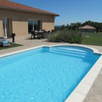 Luxurious Villa in Thermes-Magnoac France With Swimming Pool