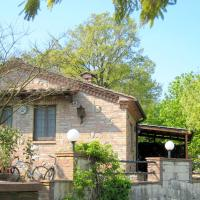 Charming Cottage in Chiusdino Tuscany with private garden