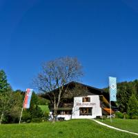 Hotel & Chalets Lampllehen </h2 </a <div data-et-view=NAREFGCQABaOSJIaPdMYTQDZBaDMSHNdABSCDWOOC:2 NAREFGCQABaOSJIaPdMYTQDZBaDMSHNVBDRVBBVYYT:2</div <div class=sr-card__item sr-card__item--badges <div class=sr-card__item__review-score style=padding: 8px 0  <div class=bui-review-score c-score bui-review-score--inline bui-review-score--smaller <div class=bui-review-score__badge aria-label=Bewertet mit 9,2 9,2 </div <div class=bui-review-score__content <div class=bui-review-score__title Hervorragend </div </div </div   </div </div <div class=sr-card__item   data-ga-track=click data-ga-category=SR Card Click data-ga-action=Hotel location data-ga-label=book_window:  day(s)  <svg aria-hidden=true class=bk-icon -iconset-geo_pin sr_svg__card_icon focusable=false height=12 role=presentation width=12<use xlink:href=#icon-iconset-geo_pin</use</svg <div class= sr-card__item__content   Marktschellenberg • <span 2,1 km </span  vom Zentrum entfernt </div </div </div </div </div </li <div data-et-view=cJaQWPWNEQEDSVWe:1</div <li id=hotel_2611598 data-is-in-favourites=0 data-hotel-id='2611598' class=sr-card sr-card--arrow bui-card bui-u-bleed@small js-sr-card m_sr_info_icons card-halved card-halved--active   <div data-href=/hotel/de/ferienwohnung-lenz-marktschellenberg.de.html onclick=window.open(this.getAttribute('data-href')); target=_blank class=sr-card__row bui-card__content data-et-click= customGoal:NAREFEKAKcJSVCZPKVEFDBOcPNSBOcaGPaVBBVYYT:1 data-et-view=NAREFEKAKcJSVCZPKVEFDBOcPNSBOcaGPaVBBVYYT:2  <div class=sr-card__image js-sr_simple_card_hotel_image has-debolded-deal js-lazy-image sr-card__image--lazy data-src=https://q-cf.bstatic.com/xdata/images/hotel/square200/177292001.jpg?k=c757105e9073d2caa2a13f45e623923ce56269769c2f042288e81093140e1506&o=&s=1,https://q-cf.bstatic.com/xdata/images/hotel/max1024x768/177292001.jpg?k=30df3b6bf48ca9714544b6636e3b9630fd93139ef05dfa20f68cb74c526edadf&o=&s=1  <div class=sr-card__image-inner css-loading-hidden </div <noscript <div class=sr-ca