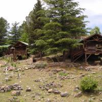 """Suenos del Bosque """"Cabanas & Vagones"""""""