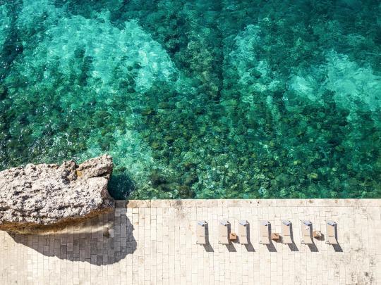 プライベートビーチがある贅沢なホテル5選