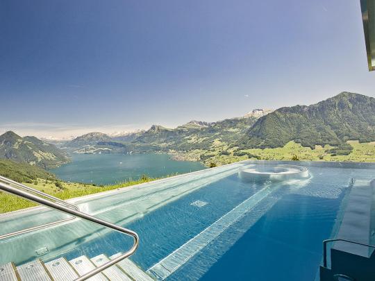 Sieben der schönsten Pools in Europa