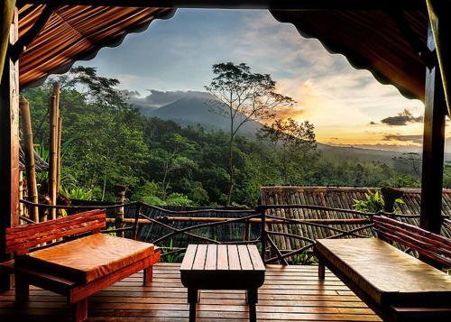 Sang Giri Mountain Rainforest Glamping Camp