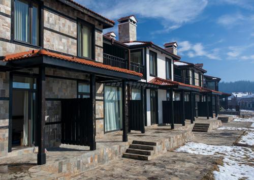 COOP Dobrinishte Guest Houses