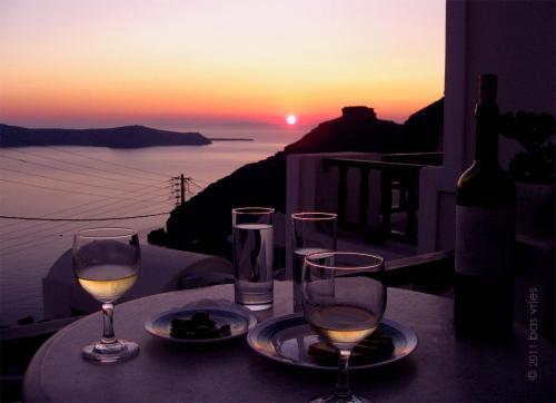 Skaros View at the sunset
