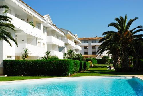 Apartment Green Club Pals Spain Booking Com