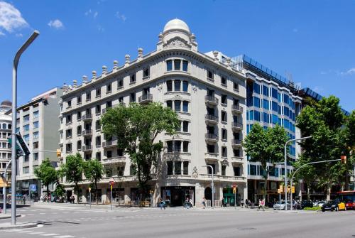 Casagrand Luxury Suites by Aspasios Boutique Apartments