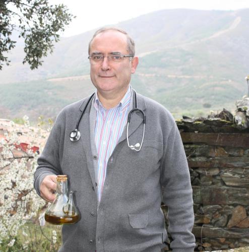 Julio Rodriguez (propietario y medico de Robledillo)