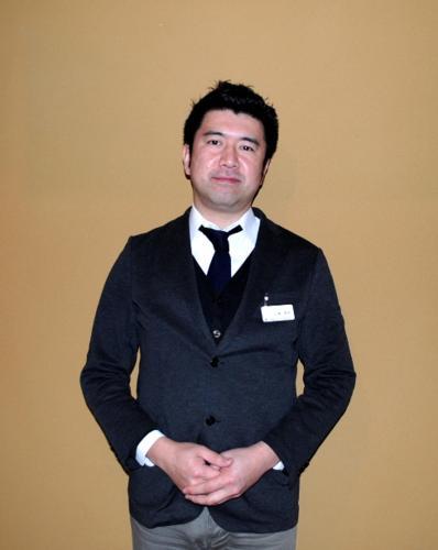 YAMAMOTO, Receptionist