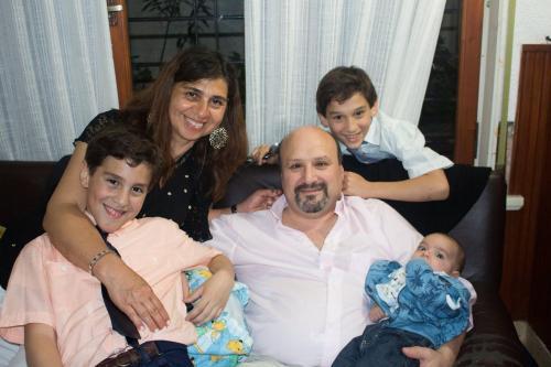Carlos, Clara y los Mellizos