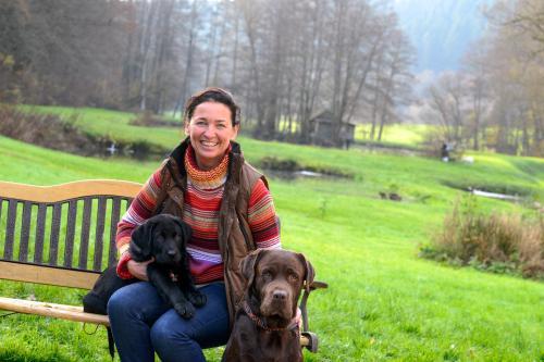 Andrea Pulger mit Karlo und Rufus