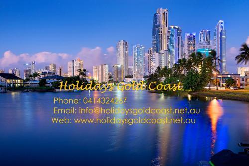Vickey Holidaysgoldcoast.net.au