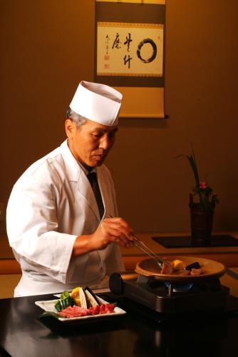 Etsunobu Takahashi, Head Chef of Nishimuraya