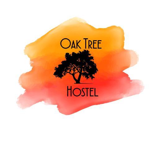 Oak Tree Hosrel
