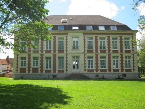 Francis chateau's