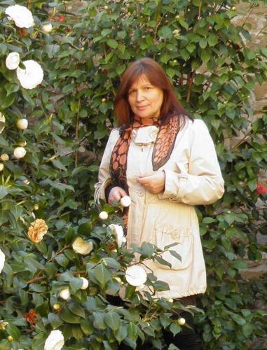 Nina Vezi