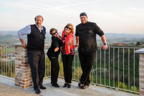 Giuseppe, Patrizia, Francesco, Monica